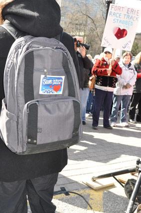 backpack_logo.jpg
