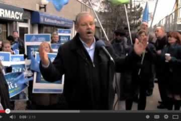 Video: Government workers call strike vote on employer's opening bargaining position