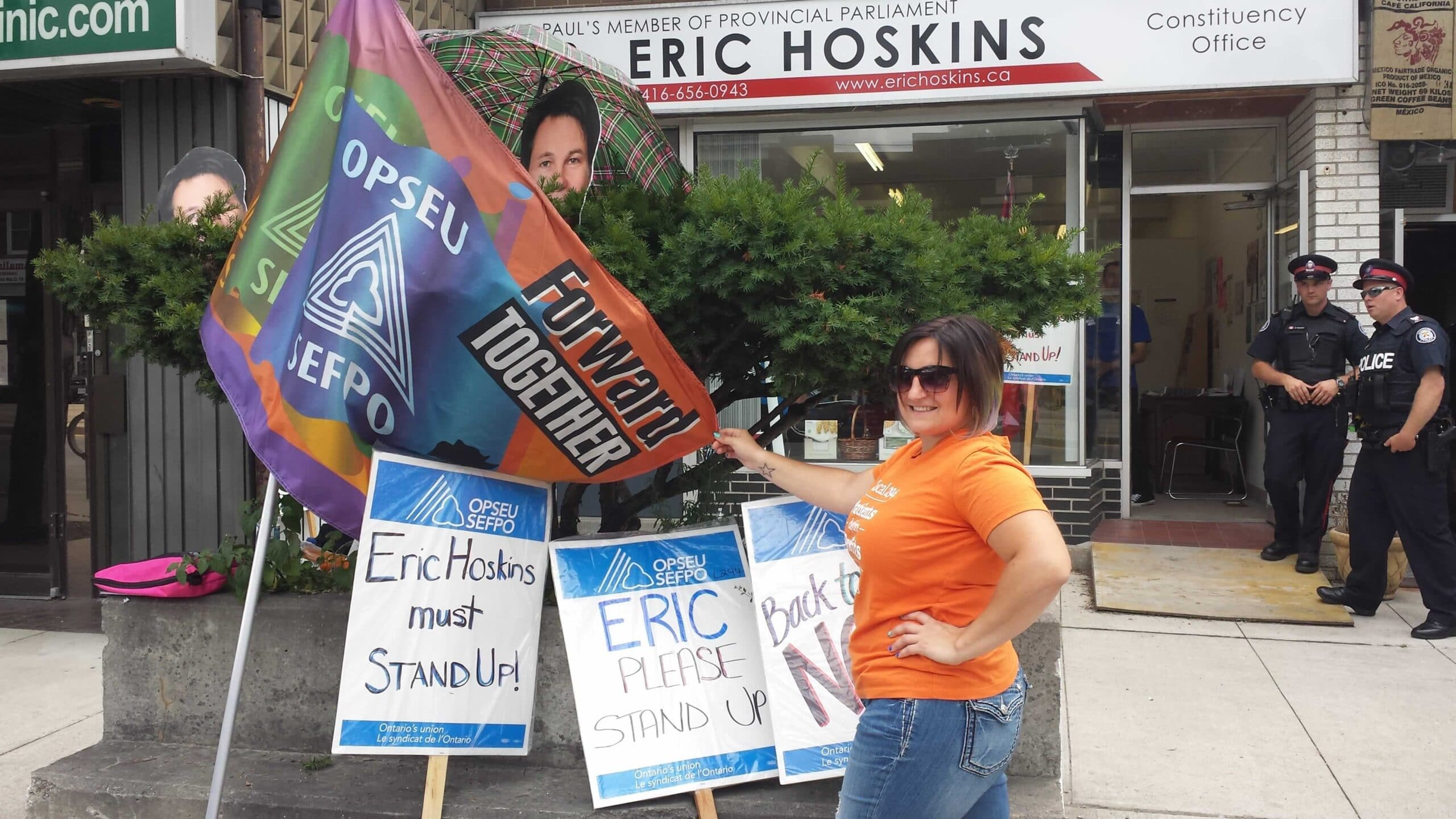 hoskins_protest_7.jpg