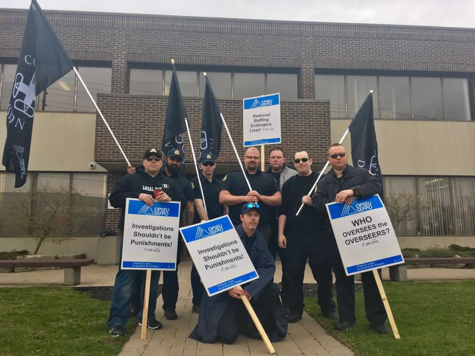 opseu_local_5112_executive_-_charles_coutu_arsalan_munir_eric_martyn_mark_manna_james_flanagan_jon_hastie_jacob_balcerzyk_gord_cobb.jpg