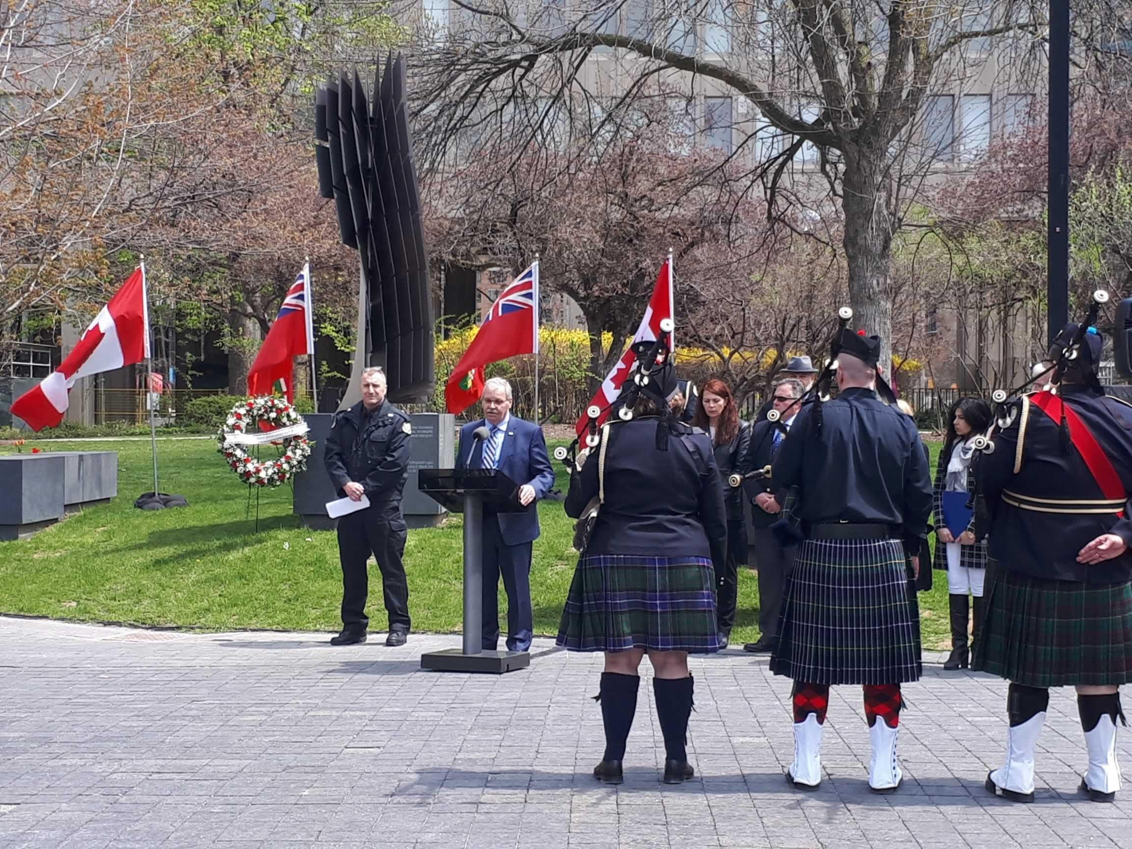 peace_officers_memorial_2.jpg