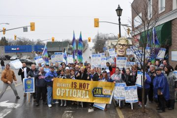 Solidarity rocks on Local 316 picket line