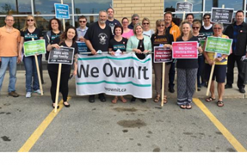 Third week of pickets keeps the LCBO conversation going