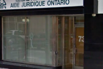 Frontline Legal Aid workers hosting 'pop-up legal clinics' in front of Toronto Conservative MPP offices