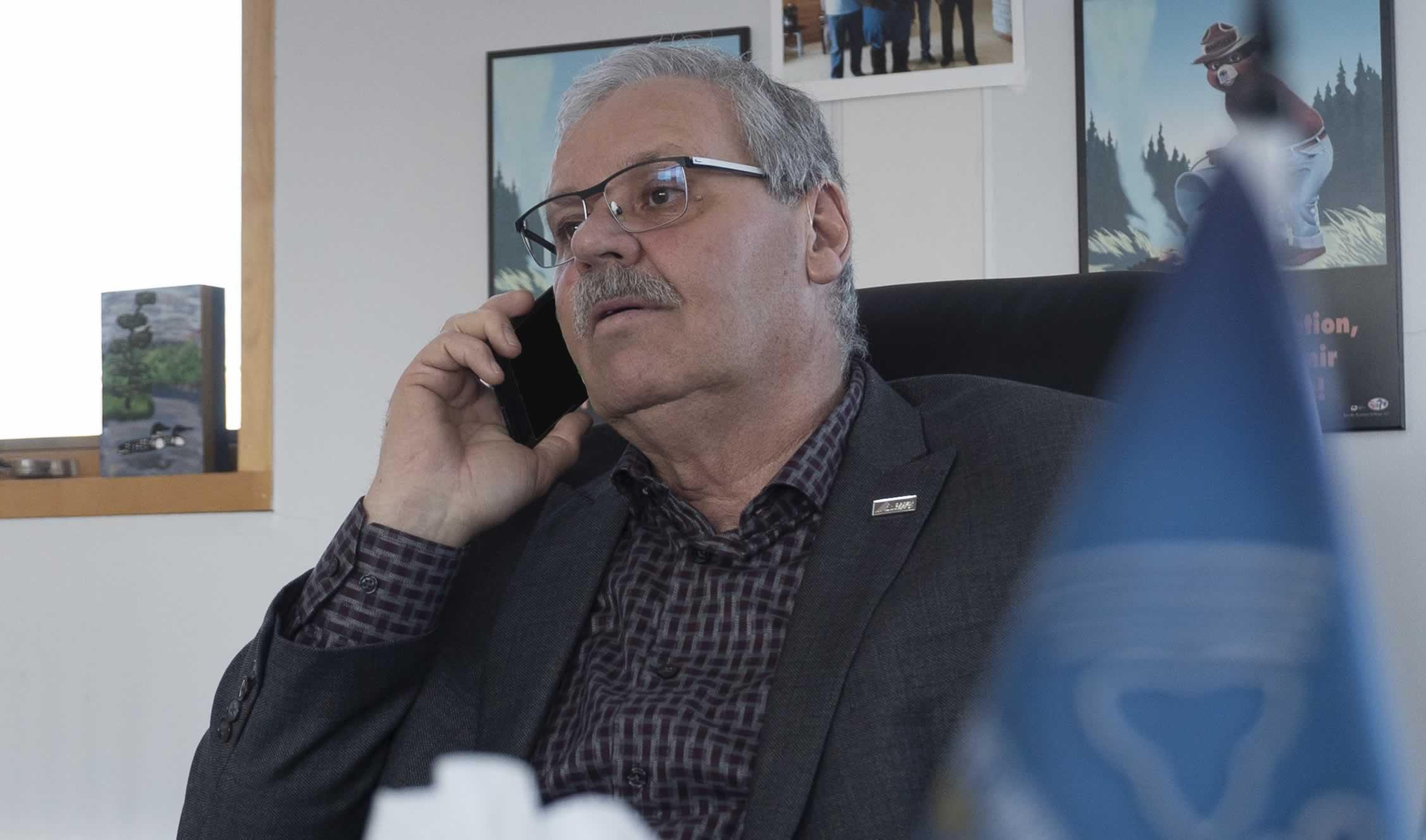 Warren (Smokey) Thomas, OPSEU President, on phone