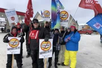 OPSEU members boost rally at Kenora Co-op Gas Bar